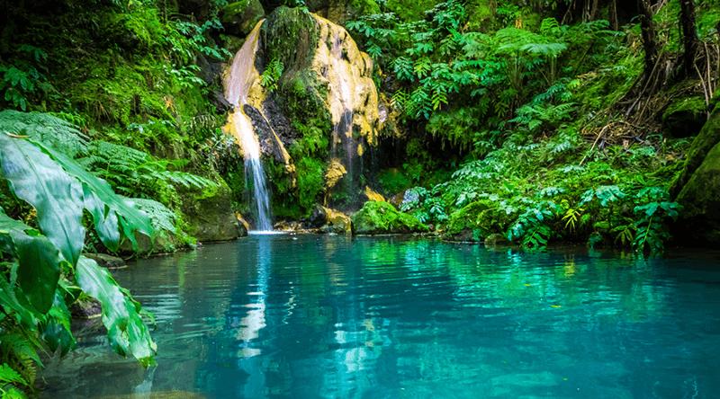 Caldeira Velha waterfall