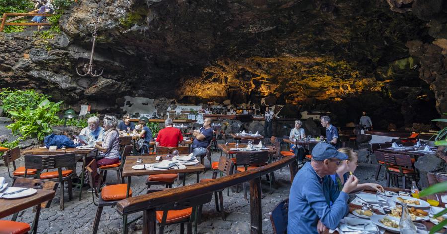 Jameos Del Agua cave restaurant