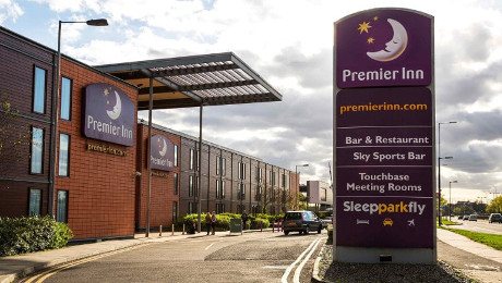 Premier Inn Bath Road