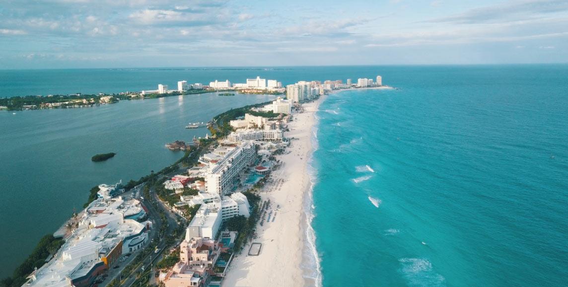 Cancun hotel strip